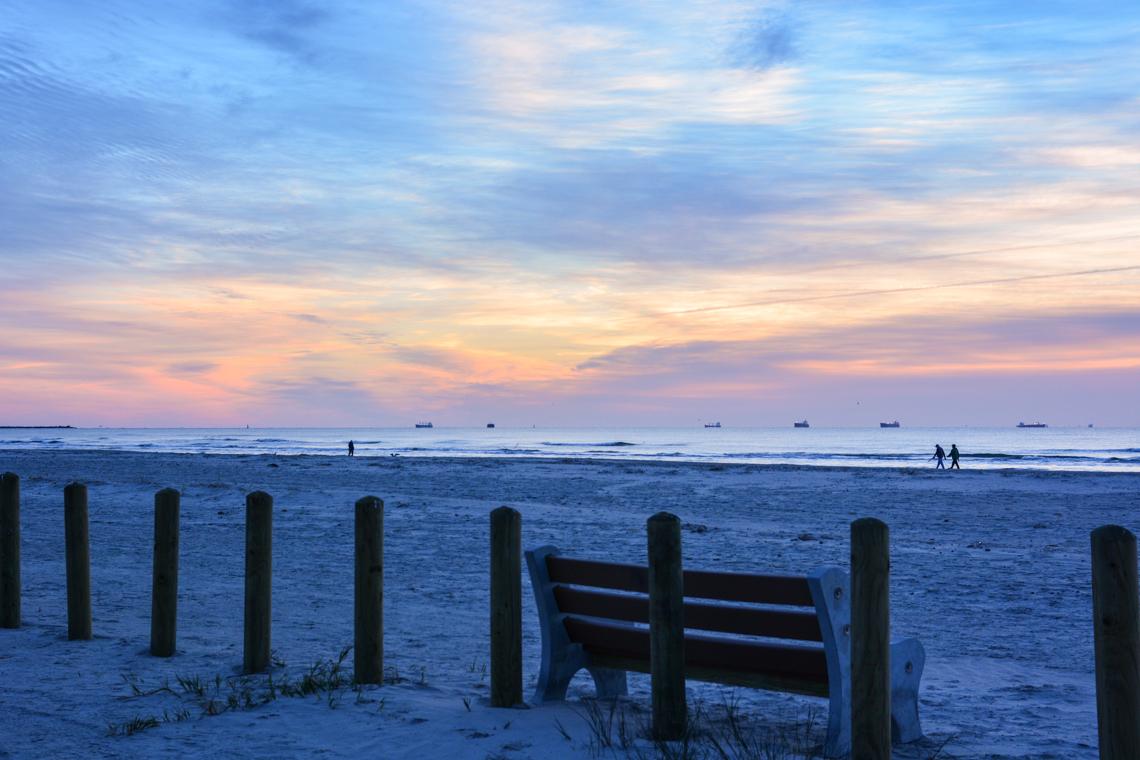 Sunrise bench